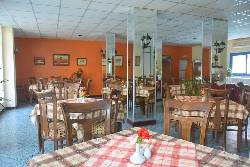 El Gezira Gardens Restaurant