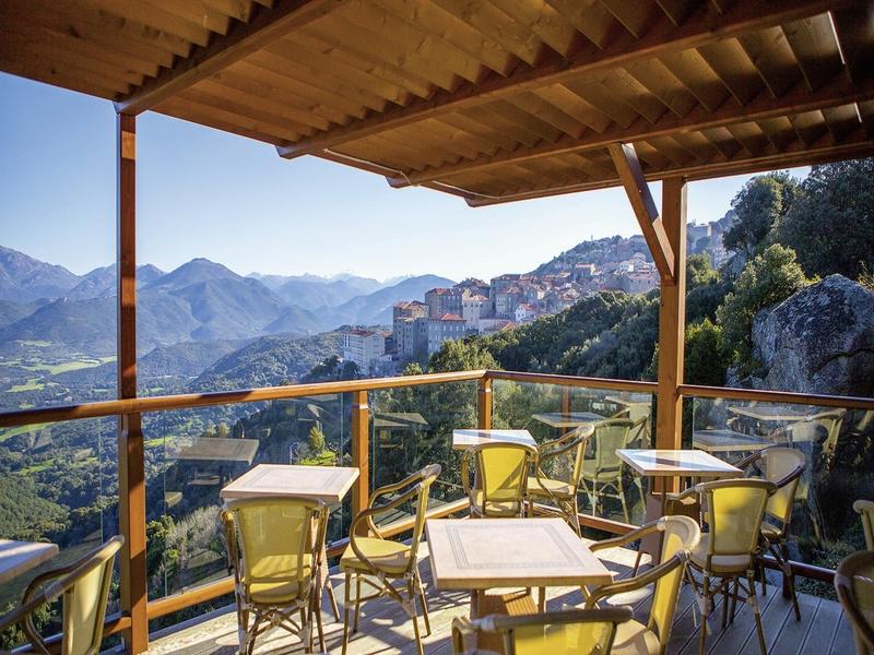 Best Western Plus Hotel San Damianu Terrasse