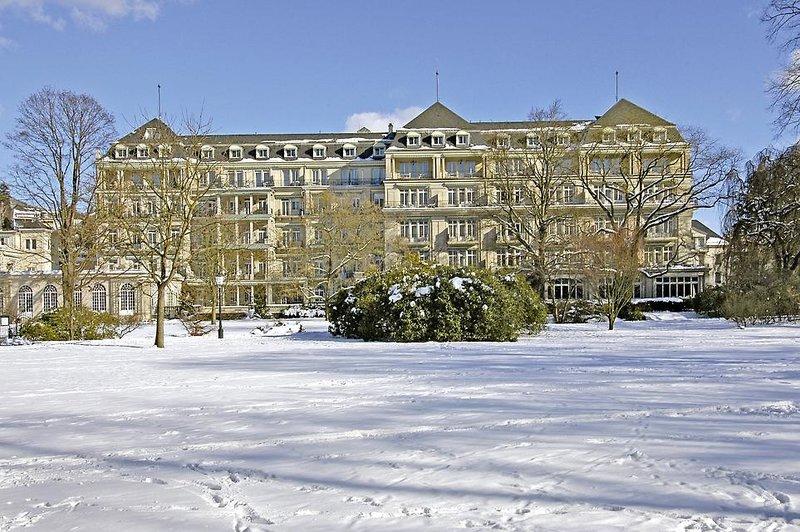 Brenners Park-Hotel & Spa Außenaufnahme