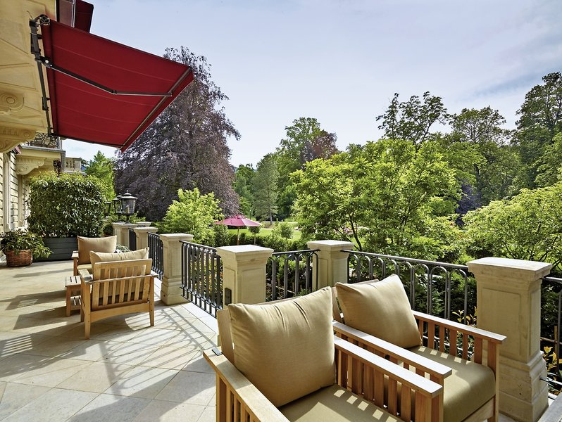 Brenners Park-Hotel & Spa Terrasse