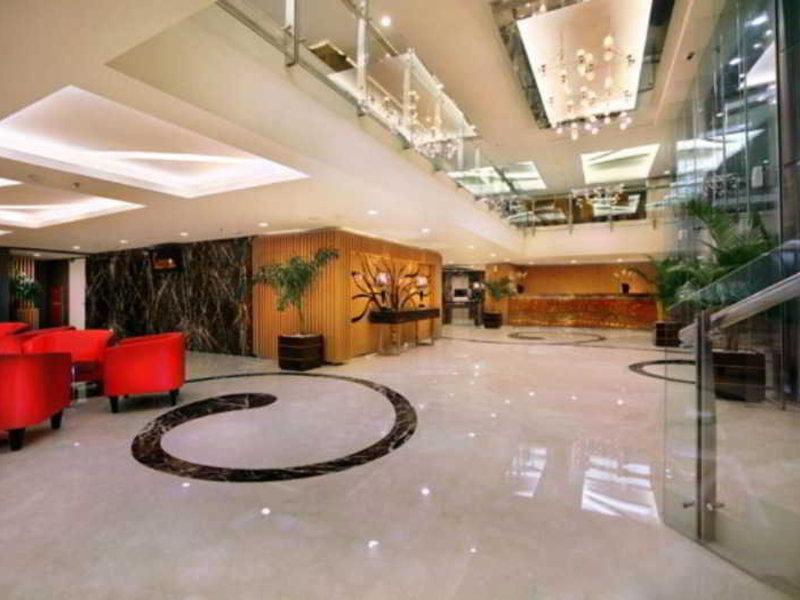 The Alana Hotel Surabaya Lounge/Empfang