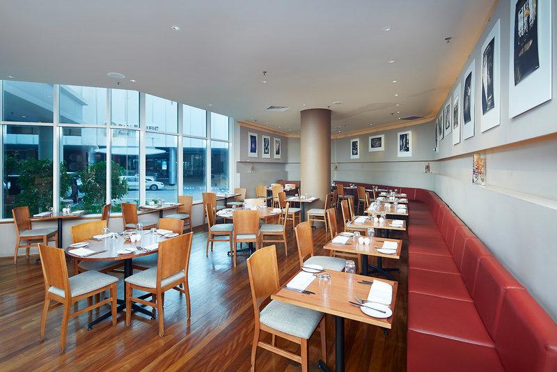 Novotel Langley Perth Restaurant