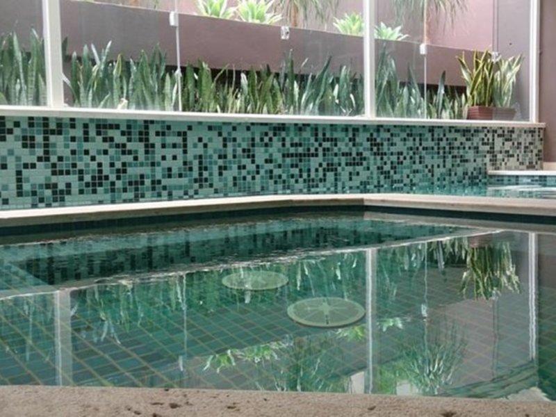 Heritage Comfort Inn Pool
