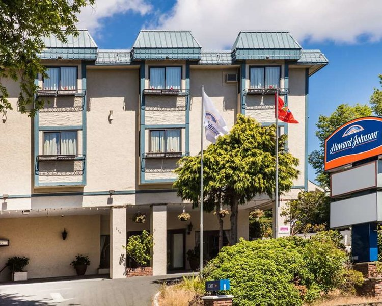 Howard Johnson Hotel Victoria Außenaufnahme