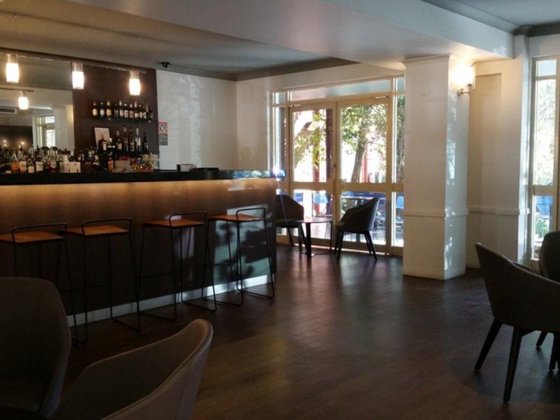Quality Hotel CKS Sydney Airport Bar