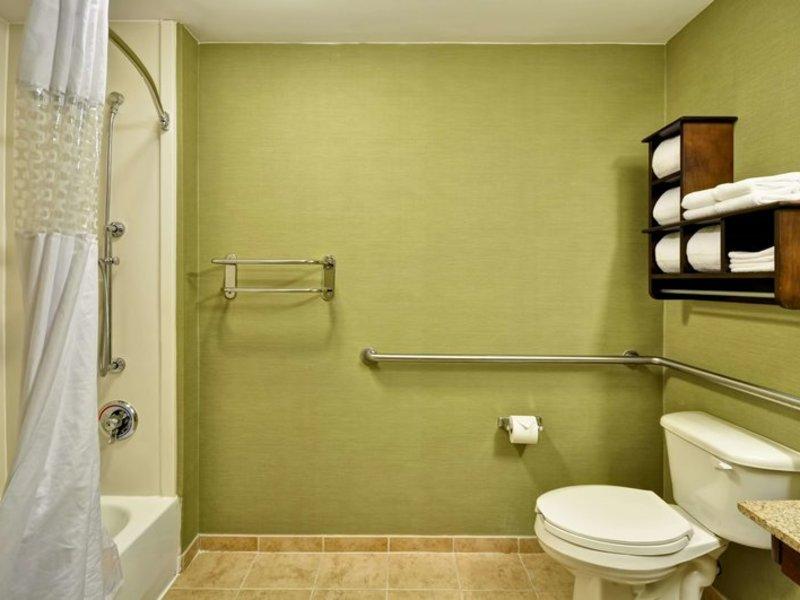 Hampton Inn & Suites Boynton Beach Badezimmer