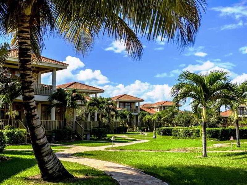 Hopkins Bay Resort Garten
