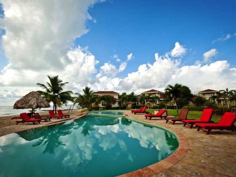 Hopkins Bay Resort Pool