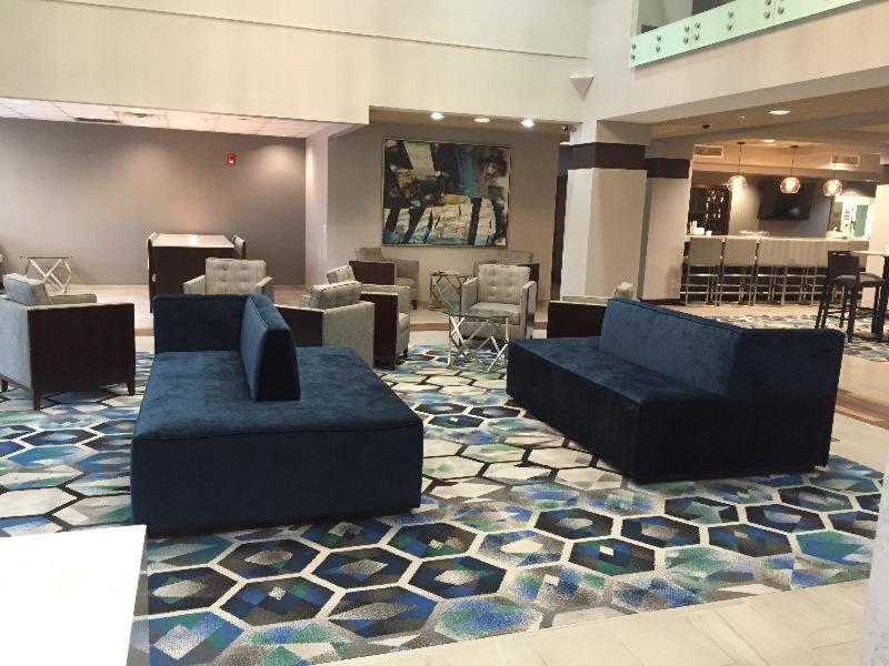 Radisson Hotel Dallas North Addison Lounge/Empfang