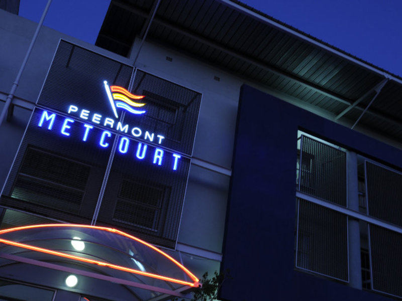 Peermont Metcourt Francistown Außenaufnahme