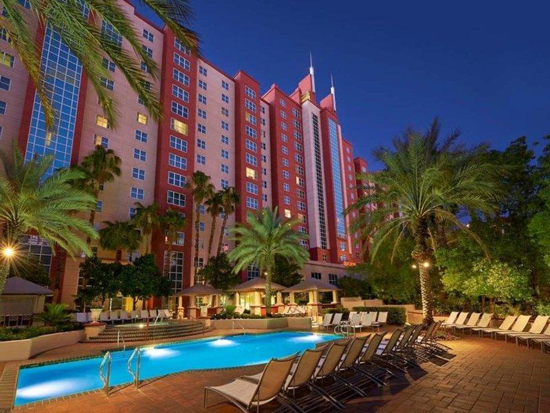 Hilton Grand Vacations Club at the Flamingo Pool