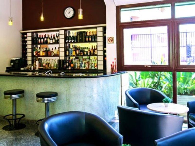 Plaza Inn American Loft Bar