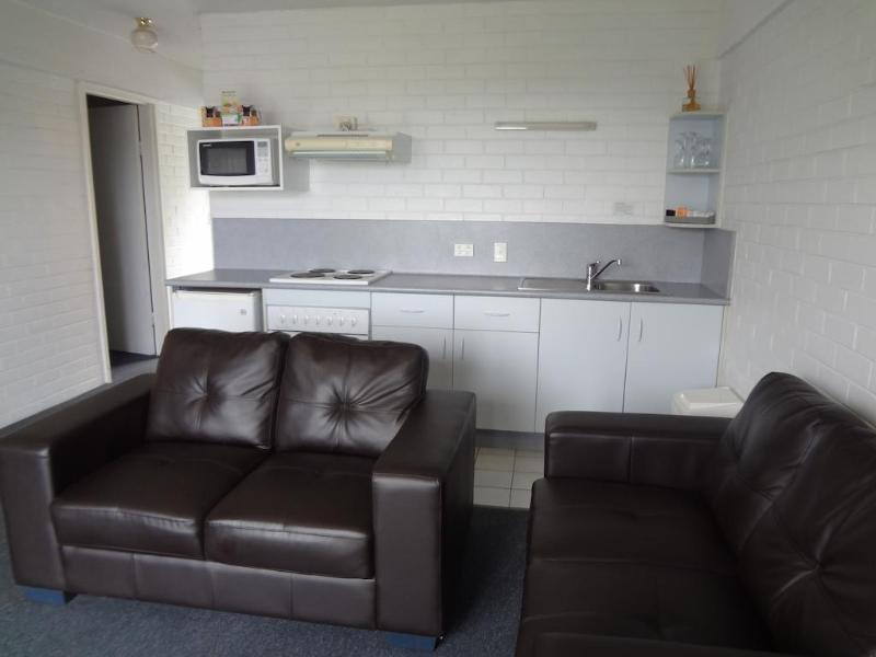 Adina Place Motel Apartments Lounge/Empfang
