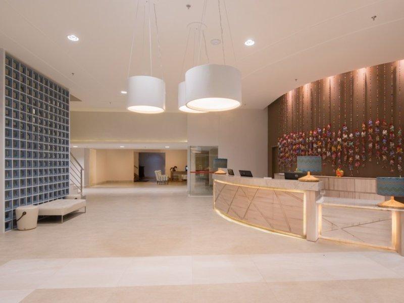 Prodigy Beach Resort Marupiara Lounge/Empfang