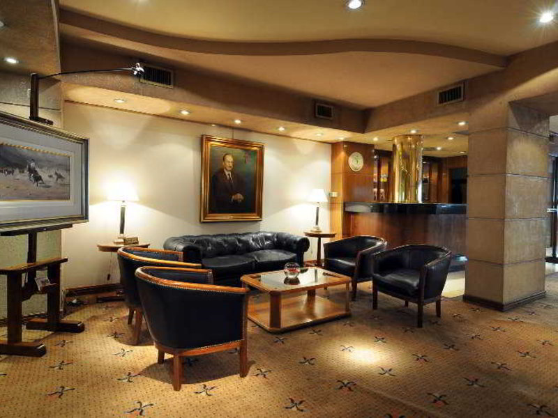 Windsor Hotel & Tower Lounge/Empfang