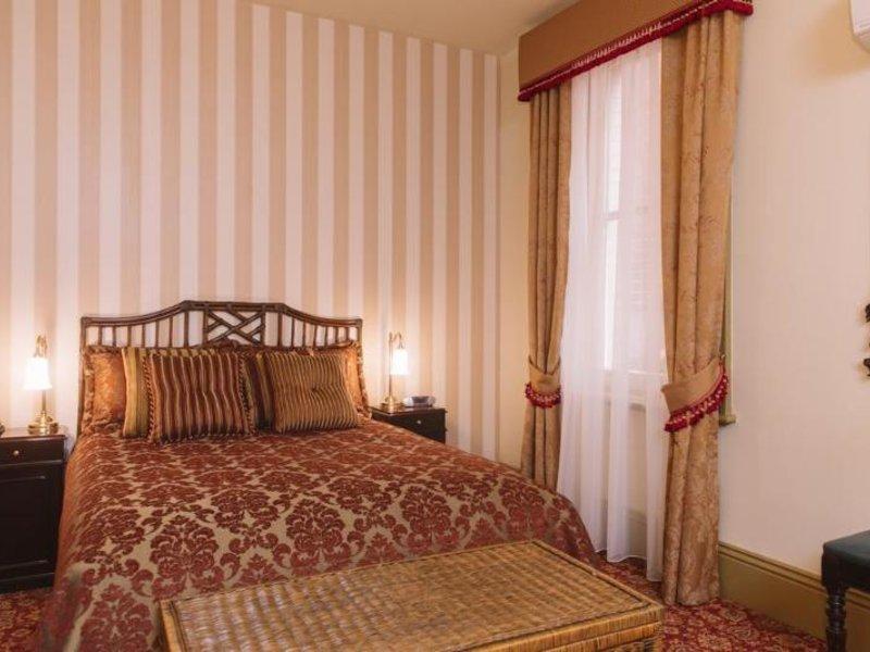 Hadley´s Orient Hotel Wohnbeispiel