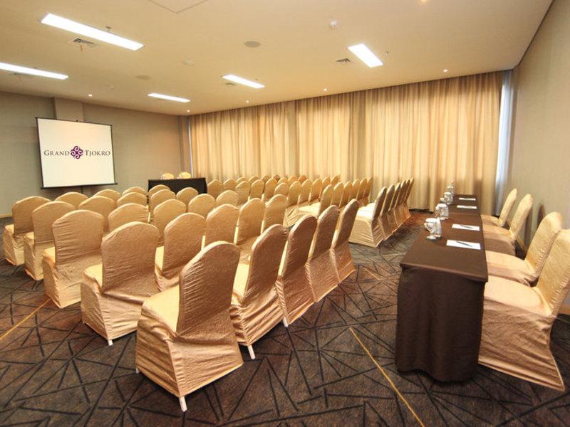 Grand Tjokro Bandung Konferenzraum
