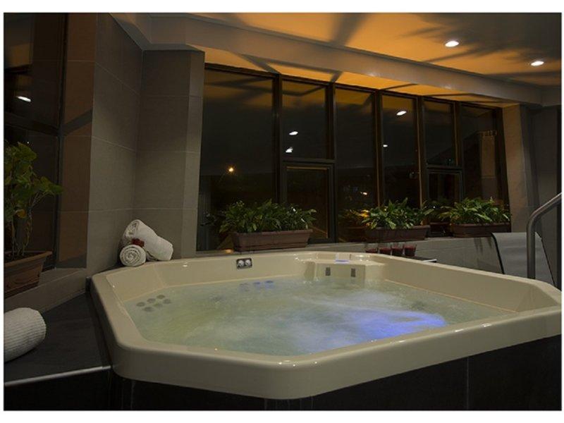Casa Grande Suites Pool