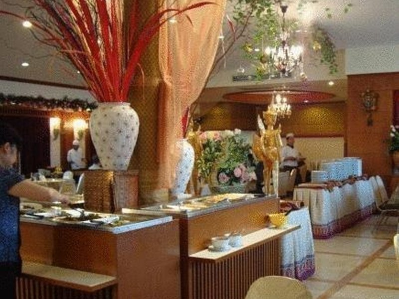 Howard Square Boutique Restaurant