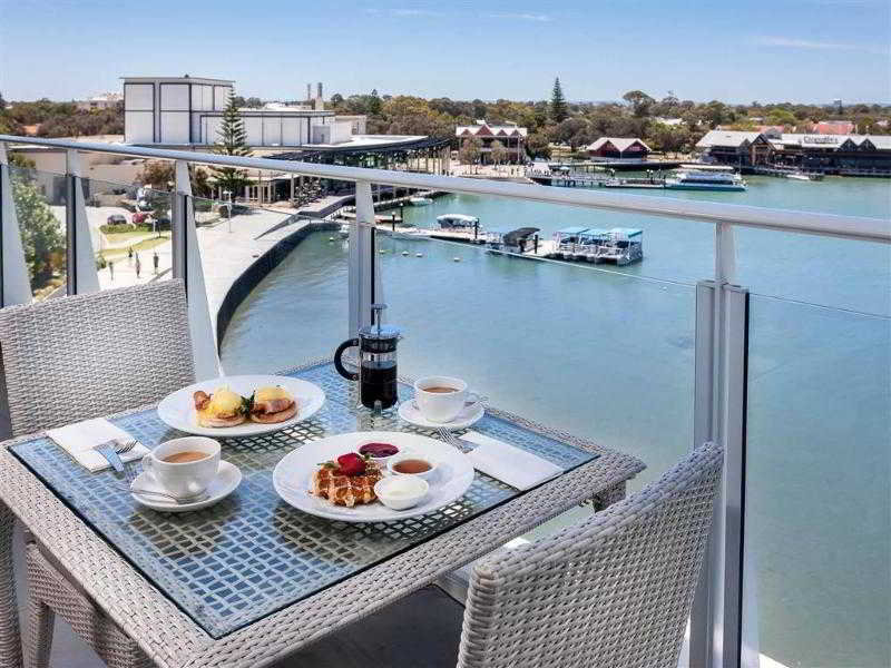The Sebel Mandurah Terrasse