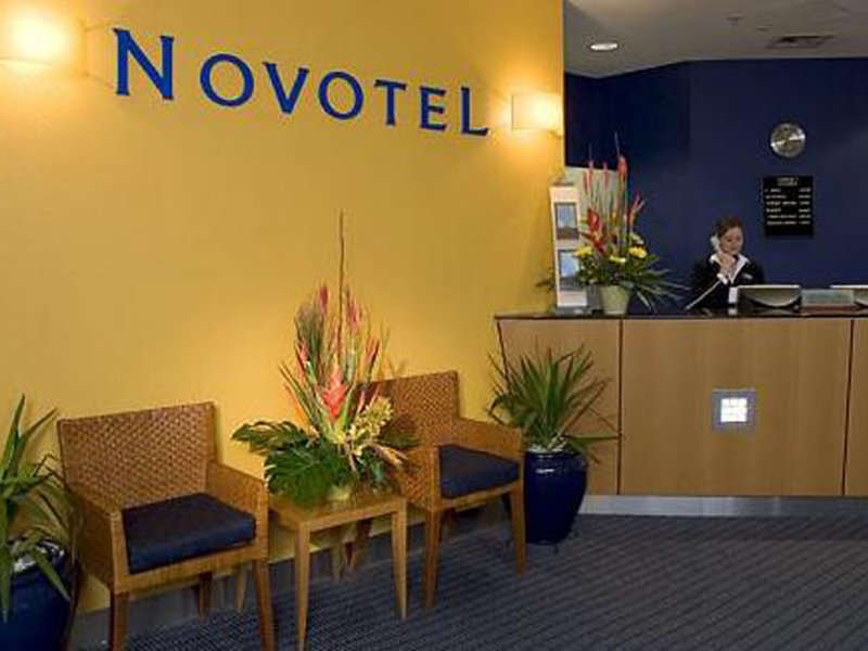 Novotel Canberra Lounge/Empfang