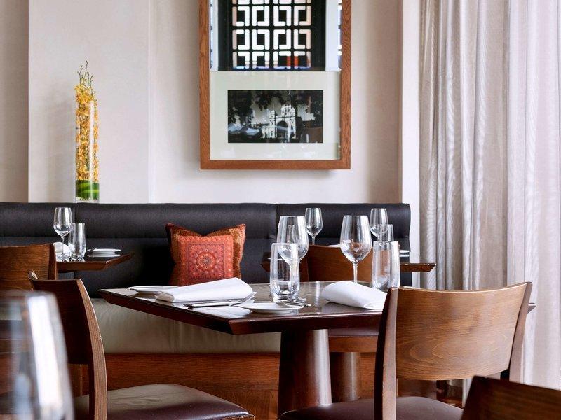 Hotel Lindrum Restaurant