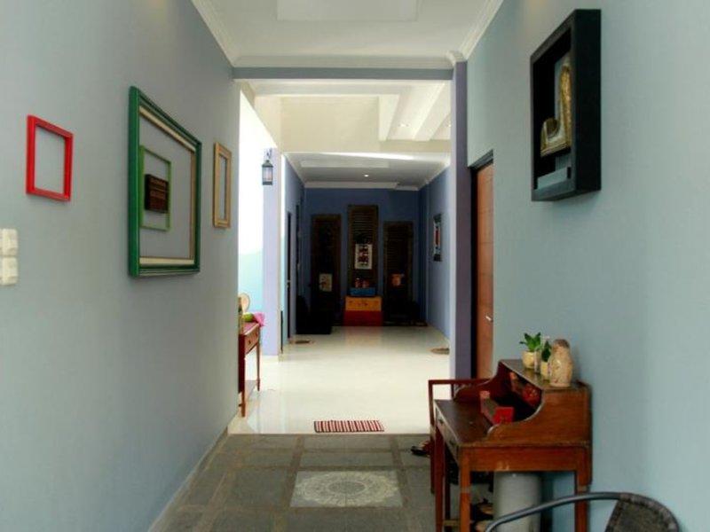 Palagan Joglo Boutique Guest House by RedDoorz Außenaufnahme