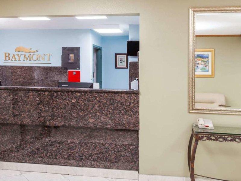 Baymont Inn & Suites Decatur Lounge/Empfang