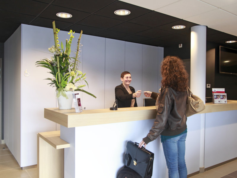 Inter-Hotel L´Haut´Aile Lounge/Empfang