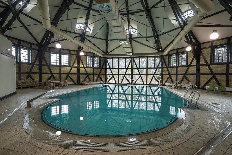 Schloss Kliczkow Pool