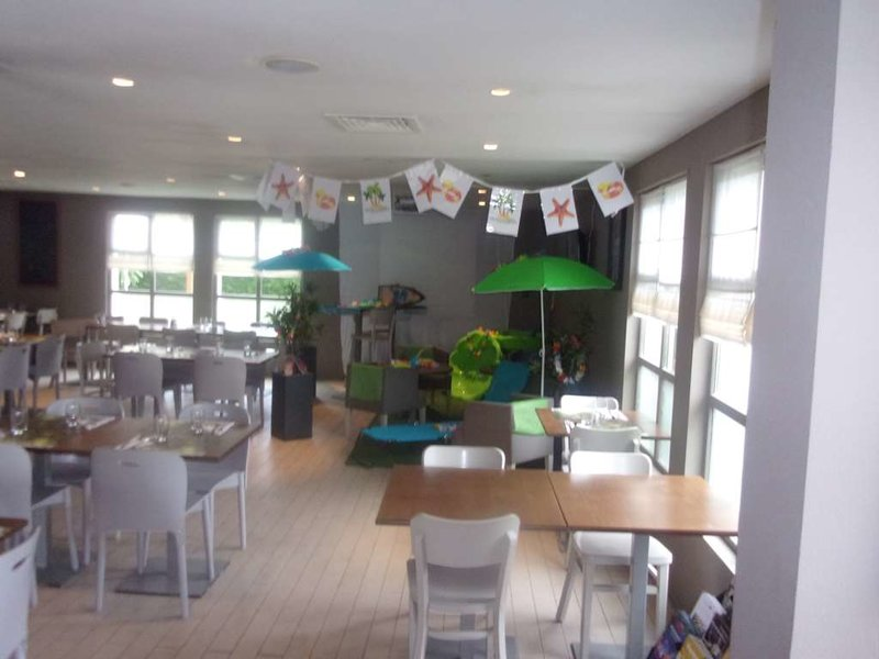 Campanile Chantilly Restaurant