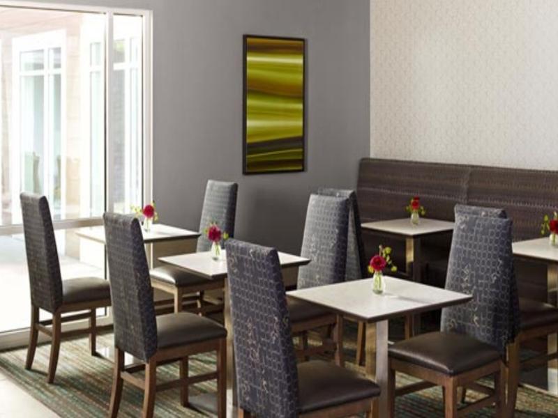 Residence Inn by Marriott Sarajevo Restaurant