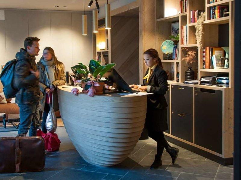 Hotel Indigo Antwerp - City Centre  Bar