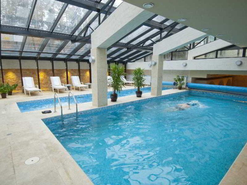 Radina´s Way Pool