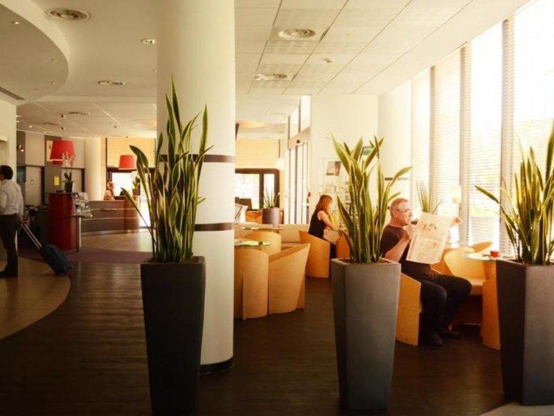 ibis Marseille Euromediterranee Lounge/Empfang
