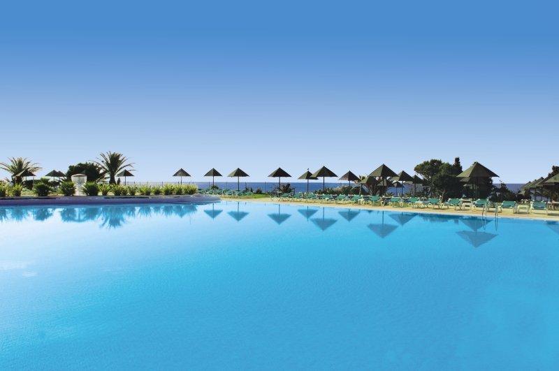 Pestana Viking Beach & Golf Resort Pool