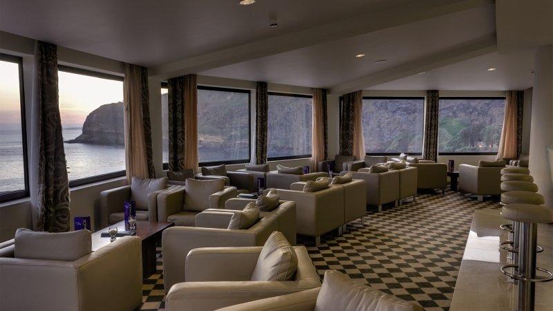 Caloura Hotel Resort Bar