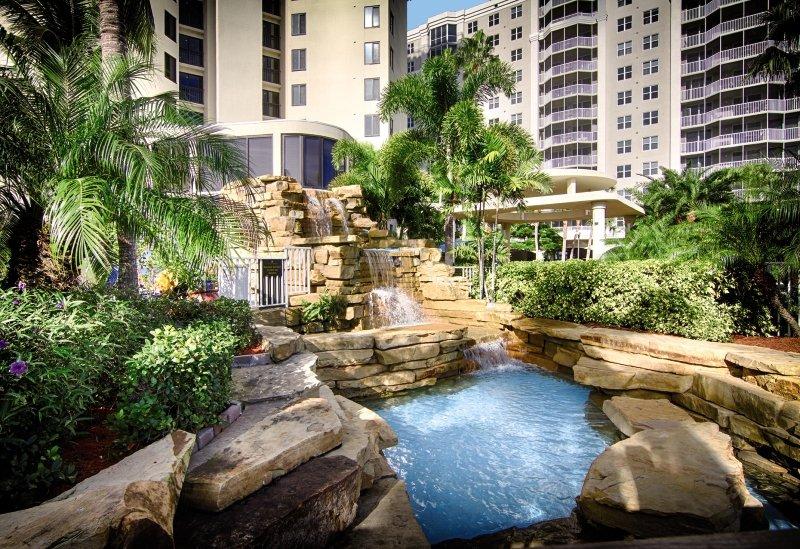 Pointe Estero Beach Resort Garten