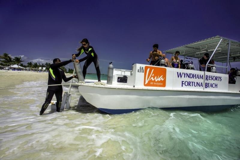 Viva Wyndham Fortuna Beach Außenaufnahme