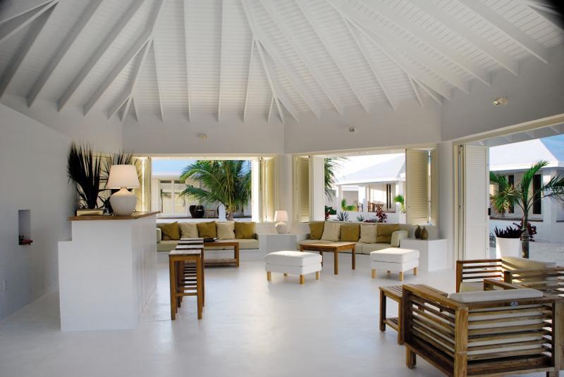 Guanahani Beach Club Lounge/Empfang
