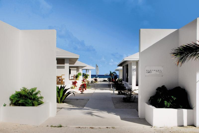 Guanahani Beach Club Außenaufnahme