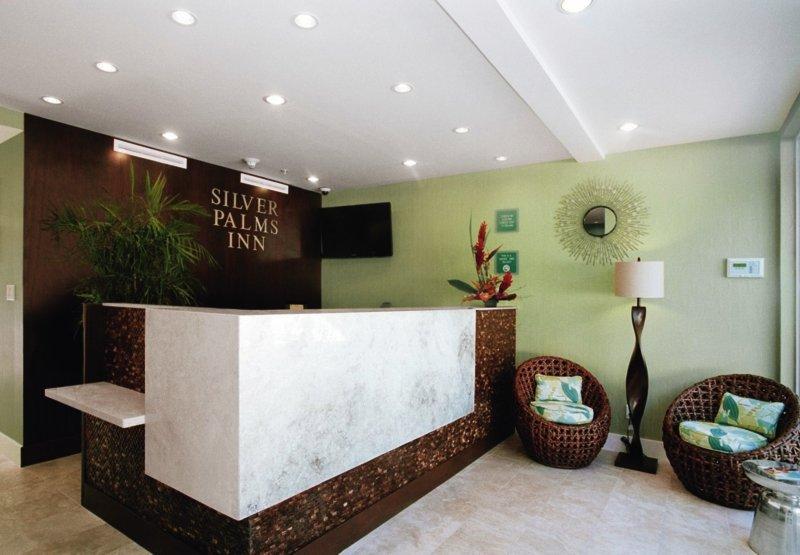 Silver Palms Inn Lounge/Empfang