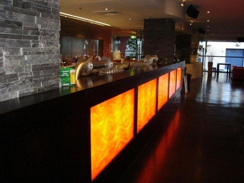 Nomads Melbourne Hostel Bar