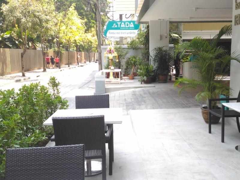 Le Tada Parkview Hotel Terrasse
