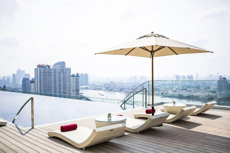 AVANI+ Riverside Bangkok Hotel Strand