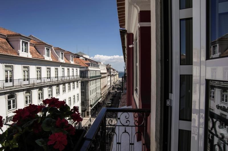 The 7 Hotel Stadtansicht