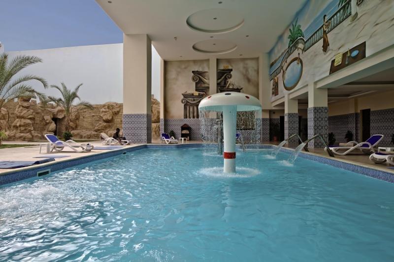Titanic Beach Spa & Aqua Park Wellness