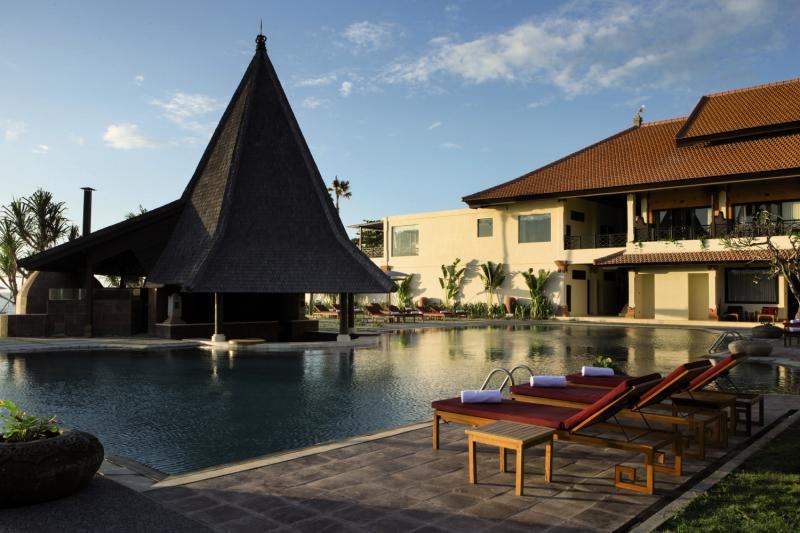 SADARA Boutique Beach Resort Pool
