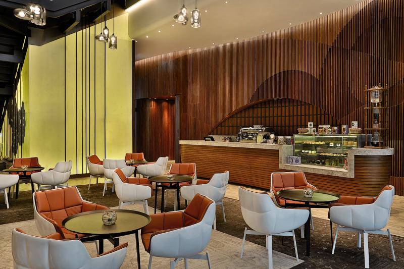 DoubleTree by Hilton Dubai - Business Bay Bar