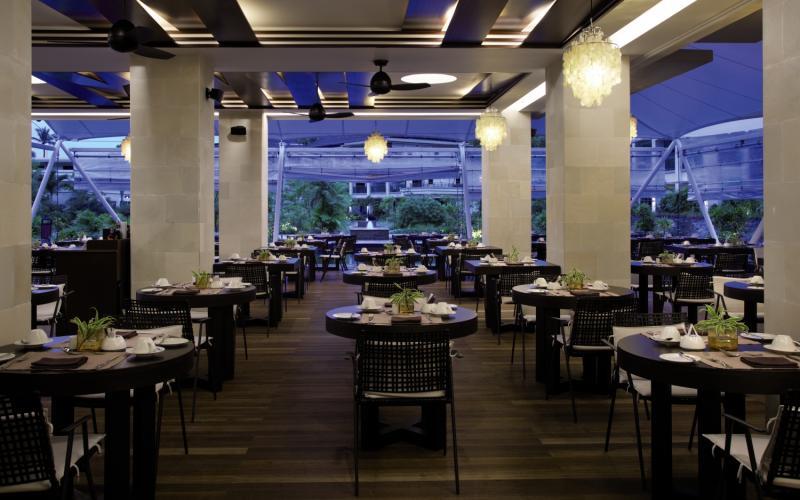 Savoy Seychelles Resort & Spa Bar